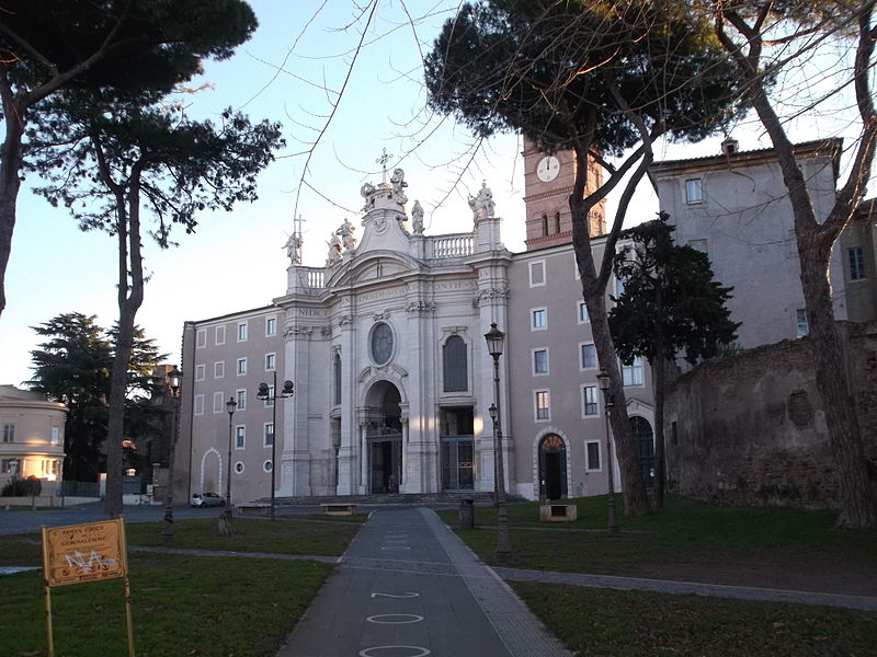 Basilica di Santa Croce di Gerusalemme - Biancagiulia B&B, Bed and Breakfast near Rome Termini Train Station