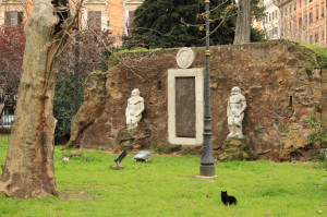 Achemichal door - Piazza Vittorio - Biancagiulia B&B, Bed and Breakfast near Rome Termini Train Station