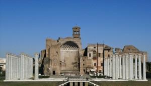Temple of Venere - Biancagiulia B&B, Bed and Breakfast near Rome Termini Train Station