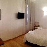 Chandra room - Biancaluna B&B, Bed and Breakfast near Rome Termini Train Station