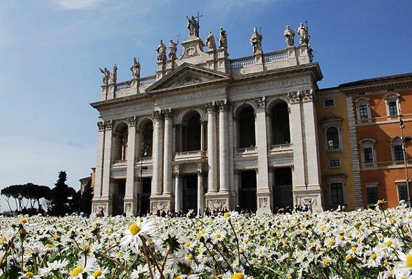 Chiesa di San Giovanni vicino al Biancagiulia Bed and Breakfast Roma Stazione Termini